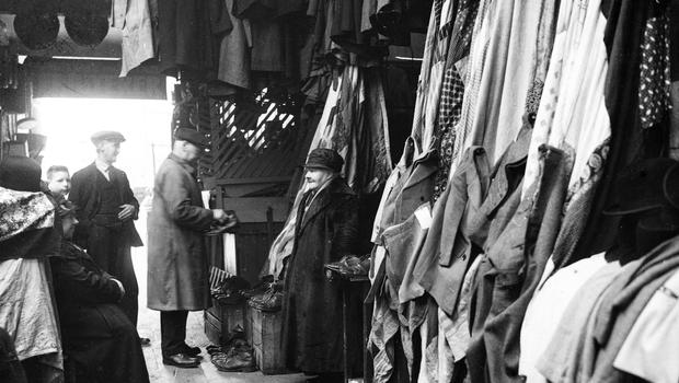 Old clothes market, Smithfield, Belfast.  5/1/1937 BELFAST TELEGRAPH COLLECTION/NMNI