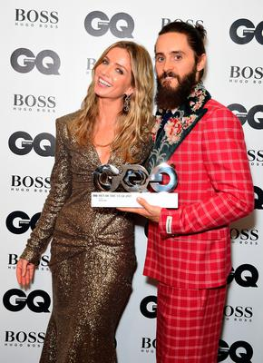 Jared Leto with the Best Actor award poses with Annabelle Wallis during the GQ Men of the Year Awards 2017 held at the Tate Modern, London. PRESS ASSOCIATION Photo. Picture date: Tueday September 5th, 2017. Photo credit should read: Ian West/PA Wire