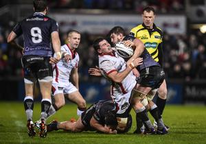 Ulster's Sean Reidy and Ospreys' Sam Lewis. Russell Pritchard / Presseye.