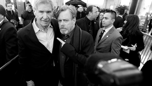 HOLLYWOOD, CA - DECEMBER 14: (EDITORS NOTE: Image has been shot in black and white. Color version not available.) Actors Harrison Ford (L) and Mark Hamill attend the World Premiere of Star Wars: The Force Awakens at the Dolby, El Capitan, and TCL Theatres on December 14, 2015 in Hollywood, California.  (Photo by Charley Gallay/Getty Images for Disney)