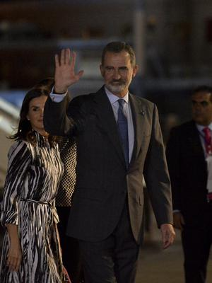 The king and queen arrived at the Jose Marti International airport in Havana (Yamil Lage/Pool via AP)