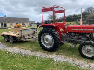 Co-op is offering new alternatives for funerals, including one for Les Elliott, with his tractor used to pull his coffin. (Co-op / PA)