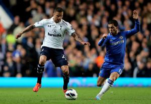 LONDON, ENGLAND - MAY 08:  Kyle Walker of Spurs controls the ball as Eden Hazard of Chelsea closes in during the Barclays Premier League match between Chelsea and Tottenham Hotspur at Stamford Bridge on May 8, 2013 in London, England.  (Photo by Ian Walton/Getty Images)