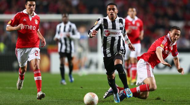 LISBON, PORTUGAL - APRIL 04: Sylvain Marveaux (C) of Newcastle United goes past the challenge of Nemanja Matic (R) of Benfica during the UEFA Europa League Quarter- Final First Leg match between Benfica and Newcastle United at the Estadio da Luz on April 4, 2013 in Lisbon, Portugal. (Photo by Michael Steele/Getty Images)
