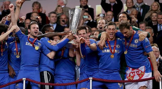 Chelsea players celebrate with the UEFA Europa League trophy after the UEFA Europa League Final at the Amsterdam Arena, Amsterdam, Holland