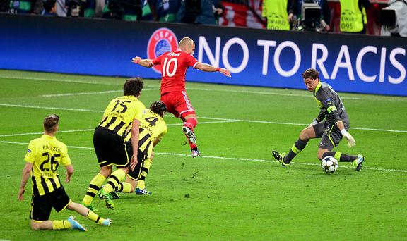 Bayern Munich's Arjen Robben scores the winning goal during the UEFA Champions League Final at Wembley Stadium, London. PRESS ASSOCIATION Photo. Picture date: Saturday May 25, 2013.