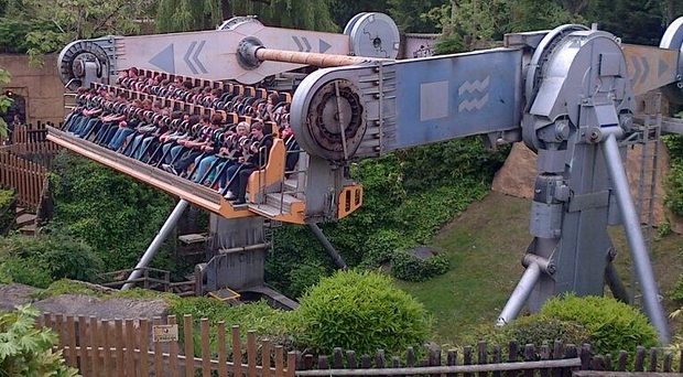 The theme park ride that got stuck at Chessington World of Adventures, pictured by Twitter user Mrs Calf, whose daughter was one of those stranded.