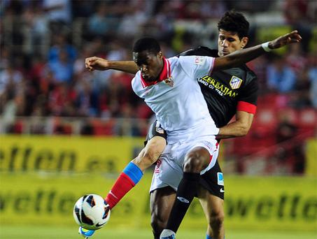 Chelsea hope to buy midfielder Geoffrey Kondogbia from Seville