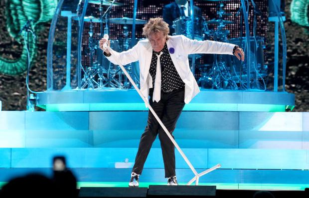 26.06.13. PICTURE BY DAVID FITZGERALD Rod Stewart performing in the Odyssey Arena, Belfast last night.
