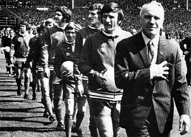 Bill Shankly leads his team out for the 1971 FA Cup final