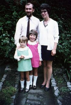 Andrea (in pink) and her sister Melanie with their parents Dorothy and Paul Nelson
