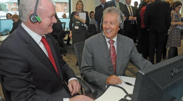 First Minister Peter Robinson and Deputy First Minister Martin McGuinness today announced almost 1000 jobs by Stream Global Services in Belfast