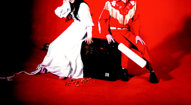 1 The White Stripes - Elephant