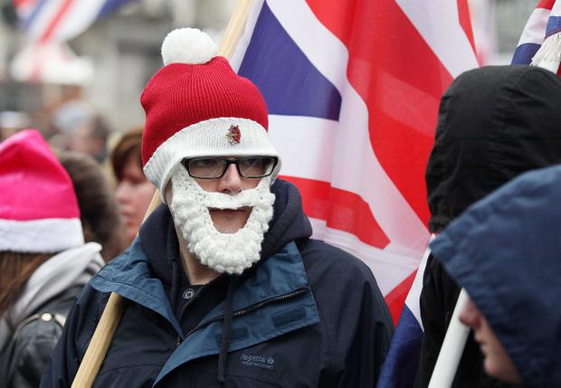 Loyalist protest at Belfast City Hall, November 30, 2013