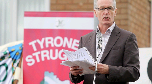 Gerry Kelly speaks during the Tyrone Commemoration Parade through Castlederg on 11 August 2013. Last year's parade commemorated the deaths of IRA volunteers Seamus Harvey and Gerard McGlynn who died in 1973 whilst transporting a bomb to Castlederg which prematurely exploded. Jonathan Porter/Presseye.