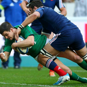Jonny Sexton of Ireland scores the first try during the RBS Six Nations match between France and Ireland at Stade de France on March 15, 2014 in Paris, France. (Photo by Julian Finney/Getty Images)