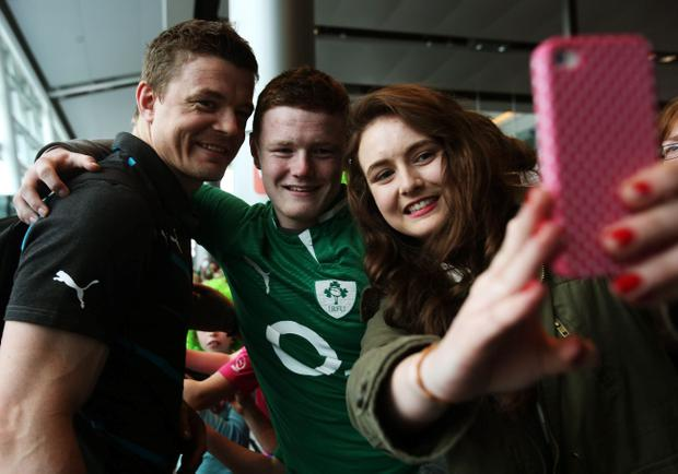 Brian O'Driscoll poses for a selfie