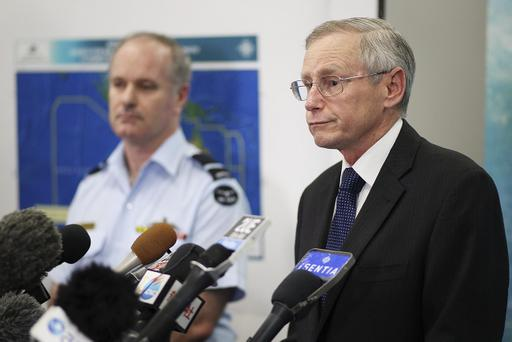 Australian Maritime Safety Authority Emergency Response Division General Manager John Young (R) speaks to the media alongside Director General Military Strategic Commitments John McGarry about satellite imagery of objects possibly related to the search for Malaysian Airlines flight MH370 March 20, 2014 in Canberra, Australia. (Photo by Stefan Postles/Getty Images)