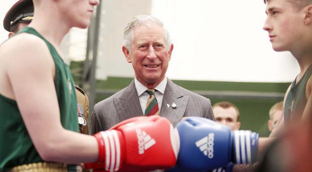 The Prince of Wales and the Duchess of Cornwall finished off their two day trip to Northern Ireland with a visit to Palace Barracks in Holwood, Co. Down. Prince Charles meets the 2 Mercian Battalion boxing team who have made it into the semi-finals of the Army championships.