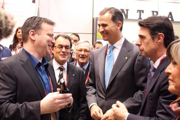 Prince Felipe of Spain (right) being presented with a bottle of stout brewed by Belfast tech-firm Brewbot
