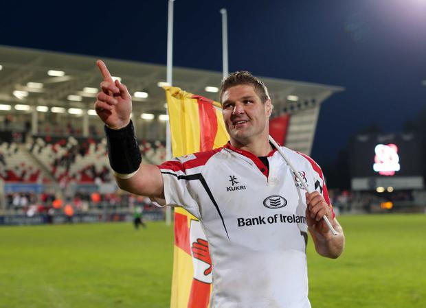 Ulster captain Johann Muller says farewell to the fans at Ravenhill