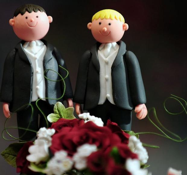 Church of Ireland bishop Dr Paul Colton has supported the introduction of civil marriage for same-sex couples