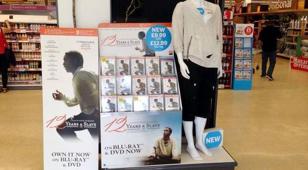 The 12 Years A Slave stand has begun to spread around Twitter