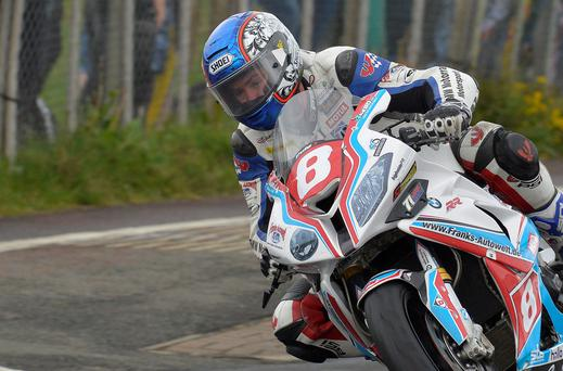 Simon Andrews setting out on his ill-fated last lap. Rowland White/PressEye