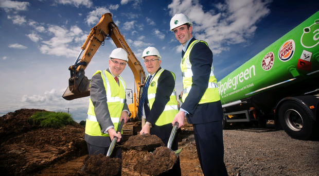 Regional Development Minister Danny Kennedy with Applegreen chief executive Robert Etchingham and Environment Minister Mark H Durkan.