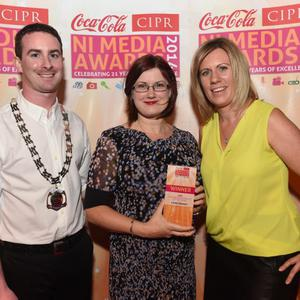 CIPR FEATURE JOURNALIST OF THE YEAR Pictured is Linda Stewart, The Belfast Telegraph with Chris Love CIPR NI Chair & Julie McCabe , Massive PR. Photo by Simon Graham/Harrison Photography