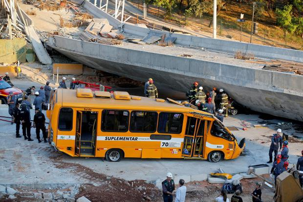 The flyover bridge which crushed a bus in the Brazilian city of Belo Horizonte (AP Photo/Victor R. Caivano)