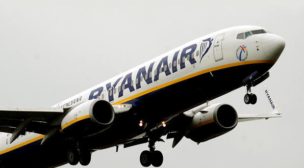 Ryanair expects its annual profits to soar to over £600m as business traffic grows over the winter