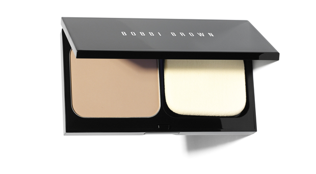 Bobbi Brown Sking Weightless Powder Foundation, £30 Natural looking coverage for oily skin and comes in 20 different shades. This has a soft, creamy texture. Www.bobbibrown.co.uk