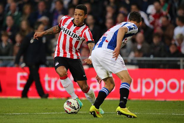 Memphis Depay of PSV during the Dutch Eredivisie match between PSV Eindhoven and SC Heerenveen at the Phillips stadium on April 18, 2015 in Eindhoven, The Netherlands(Photo by VI Images via Getty Images)