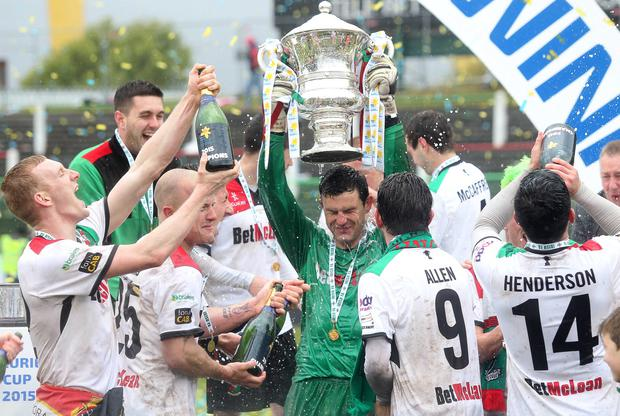 Press Eye - Belfast - Northern Ireland - 2nd May 2015 Picture by Jonathan Porter / Press Eye Marie Curie Irish Cup Final - Glentoran Vs Portadown at the Oval in east Belfast. Glentoran celebrate with the trophy after winning the final