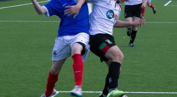 Glentoran and Linfield in battle in the Northern Ireland Boys FA Cup Under-15 final