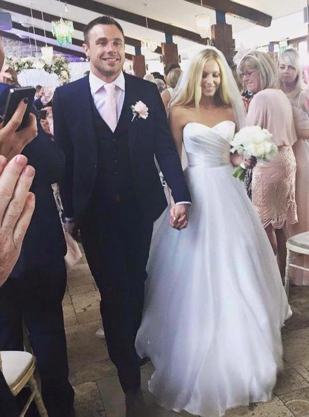 Tommy Bowe ties the knot with Lucy Whitehouse, a Welsh nurse and fromer beauty queen.