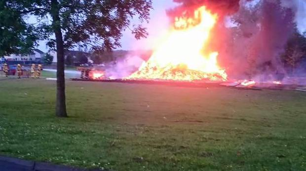 Old Warren bonfire set alight: Pic @pul_tv_news