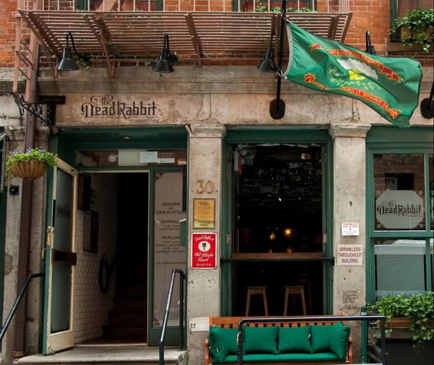 Dead rabbit new york pub influenced by belfast 39 s merchant for Food bar belfast