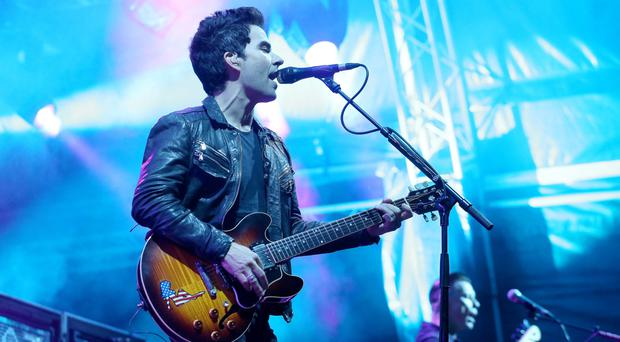 Kelly Jones front man of Stereophonics plays to thousands at Belsoinc in Custom House Square, Belfast. Photographer: Matt Mackey/Presseye