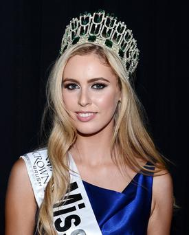 Miss Antrim Sacha Livingstone is crowned Miss Ireland 2015 at the Crowne Plaza Santry, Dublin. Pic Gerry McDonnell / VIPIRELAND.COM