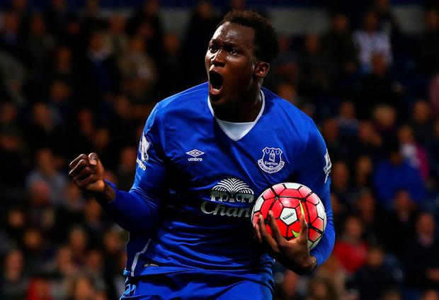 Romelu Lukaku of Everton celebrates as he scores their first goal during the Barclays Premier League match between West Bromwich Albion and Everton at The Hawthorns on September 28, 2015 in West Bromwich, United Kingdom. (Photo by Alex Livesey/Getty Images)