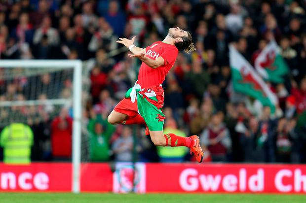 Wales' Gareth Bale celebrates after the UEFA Euro 2016 Qualifying match at Cardiff City Stadium, Cardiff. PRESS ASSOCIATION Photo. Picture date: Tuesday October 13, 2015. PA