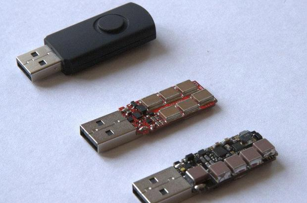 There's nothing obvious that could distinguish the USB Killer from a regular thumb drive Dark Purple/habrahabr.ru
