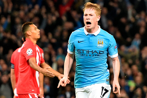 Sting in the tail: Manchester City's Kevin de Bruyne celebrates scoring his side's second goal