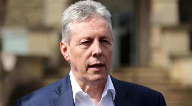 Peter Robinson and Mike Nesbitt will go head-to-head in the battle for unionist voters' hearts and minds