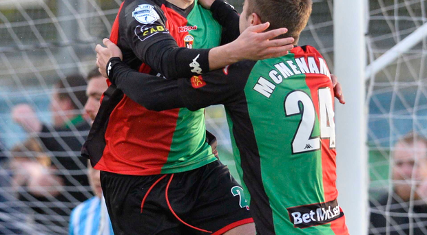 Last gasp: Glentoran's Jim O'Hanlon celebrates his injury time goal at Warrenpoint