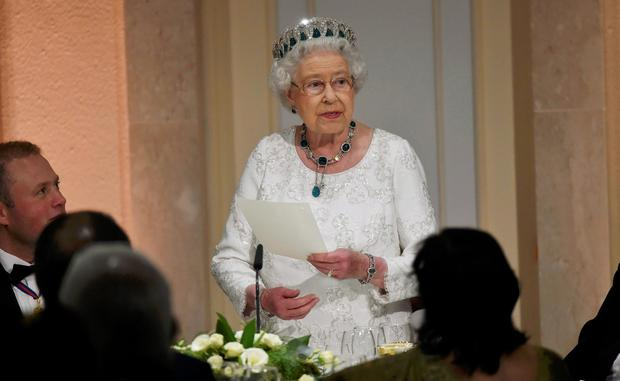Queen Elizabeth II delivers her speech during the traditional CHOGM dinner at the Corinthia Palace Hotel in Attard, Malta. Toby Melville/PA Wire.