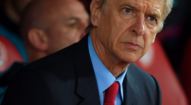 PIRAEUS, GREECE - DECEMBER 09: Manager Arsene Wenger of Arsenal looks on during the UEFA Champions League Group F match between Olympiacos FC and Arsenal FC at Karaiskakis Stadium on December 9, 2015 in Piraeus, Greece. (Photo by Michael Regan/Getty Images)