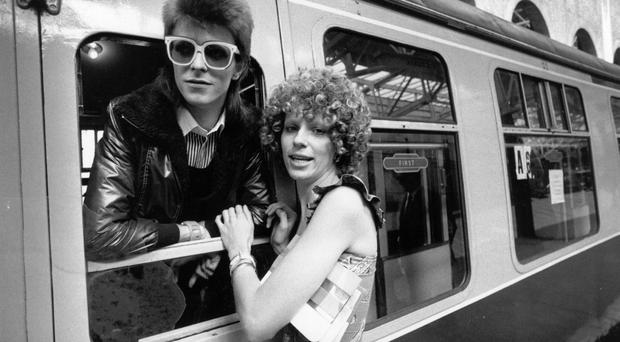FILE - JANUARY 11; 2016: David Bowie Dies At Age 69 9th July 1973: Pop singer David Bowie is seen off at the station by his wife Angie. (Photo by Smith/Express/Getty Images)